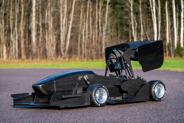 Estonian students are building new electric formula cars